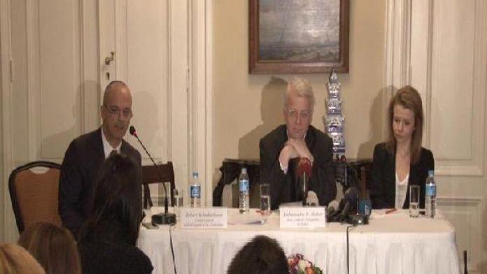 AB Türkiye Delegasyonu Başkanı: AB 3 milyar Euro'luk mali yardımı aktarmaya başladı
