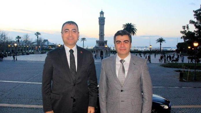 Vali Orhan Düzgün İzmir Valisi Mustafa Toprak'ı Ziyaret Etti