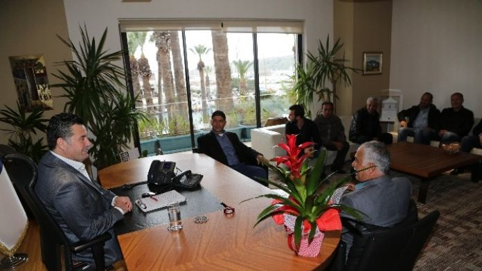 Muhtar Adayları Başkan Kocadon'u Ziyaret Etti
