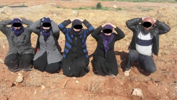 5 IŞİD Militanı 10 Çocukla Türkiye'ye Geçerken Yakalandı