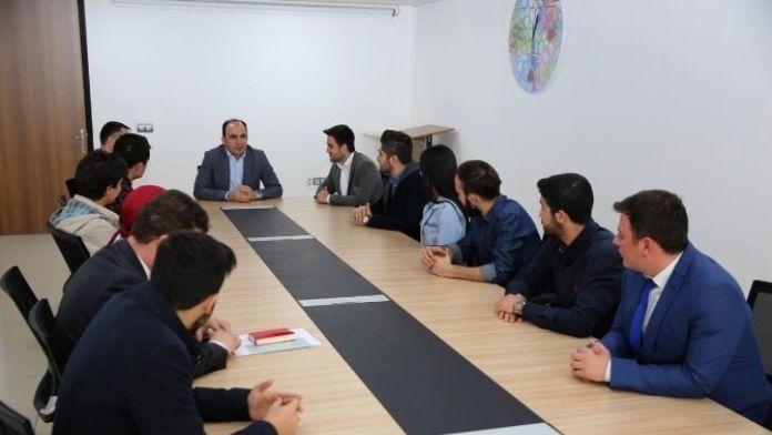 Altay, Gençlik Meclisi Üyeleriyle Bir Araya Geldi