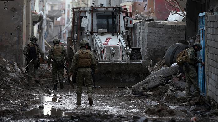 HDP'lilerin fezlekeleri hakkında flaş açıklama