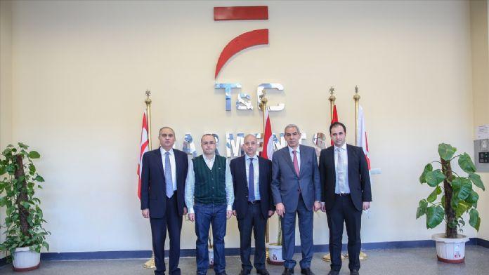 Mısırlı bakan Türk ve Mısırlı girişimcinin fabrikasını ziyar
