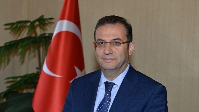 Antalya Valisi Türker'in 8 Mart Dünya Kadınlar Günü Mesajı