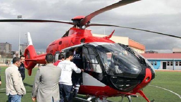 5.5 aylık doğum yapan anne ve bebeğine ambulas helikopter