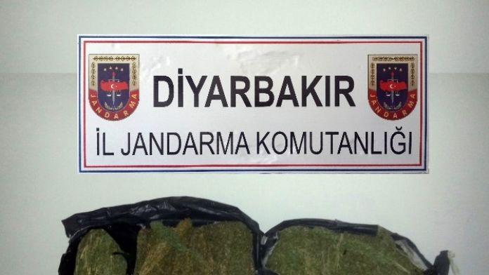 Diyarbakır'da Kaçakçılık Ve Uyuşturucu Operasyonu