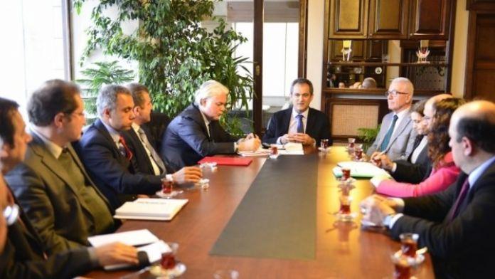 Bülent Ecevit Üniversitesinde 'Bilimsel Araştırmalar Ve Proje Yönetimi Danışma Komisyonu' Toplantısı Yapıldı