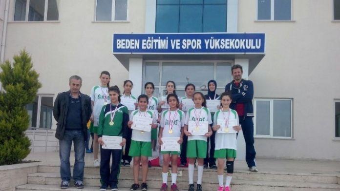 Aydın Hentbol Yıldız Kızlarda Yarı Finale Yükseldi
