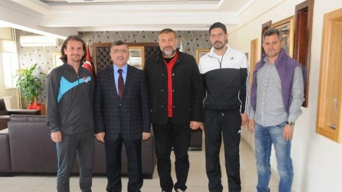 Niğde Belediyespor Teknik Direktörü Mustafa Ceviz Görevinden İstifa Etti