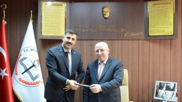 Yeşilay İye Milli Eğitim Arasında İşbirliği Protokolü İmzalandı