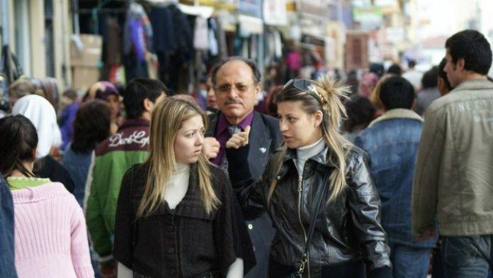 Aydın'da Kadınlar Nüfus Çoğunluğunu Sağladı
