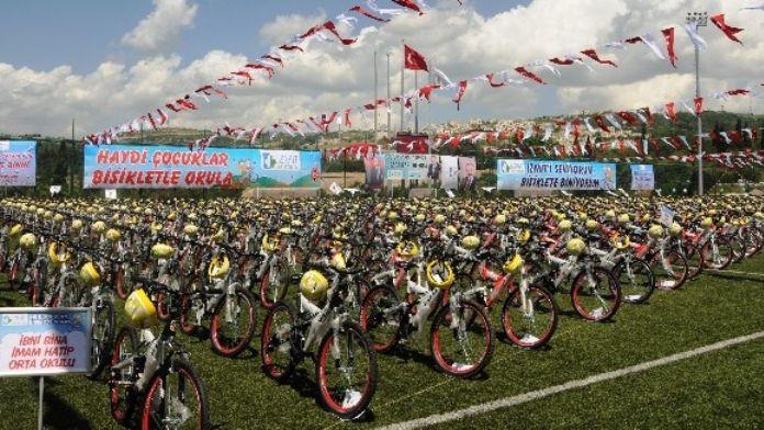 Bisikletler Cuma Günü Dağıtılıyor
