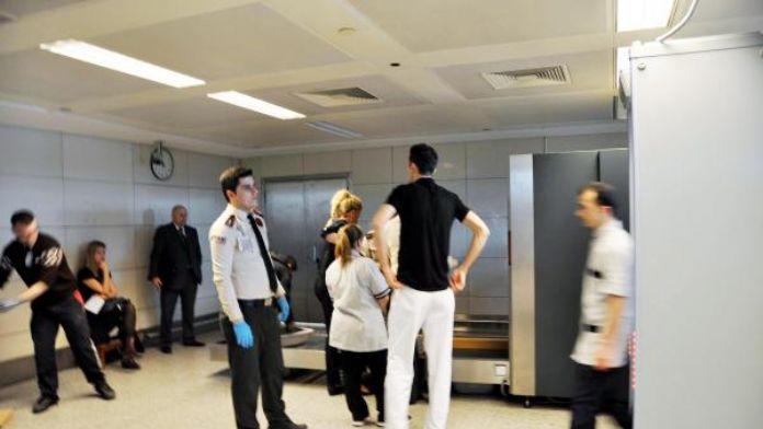 İngiliz güvenlikçiler Atatürk Havalimanı'nda gözlem yapıyor