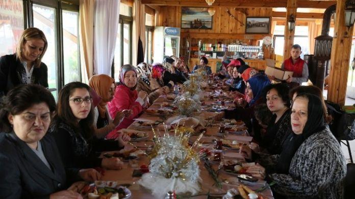 Bilgi Evi Kursiyerleri Kahvaltıda Buluştu