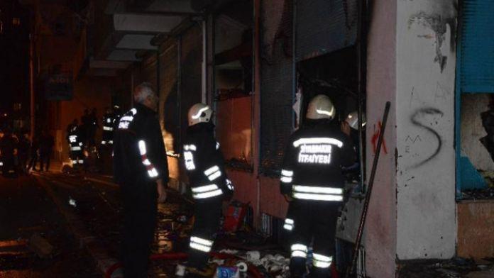 Markete molotoflu saldırı: İçeride müşteriler de vardı