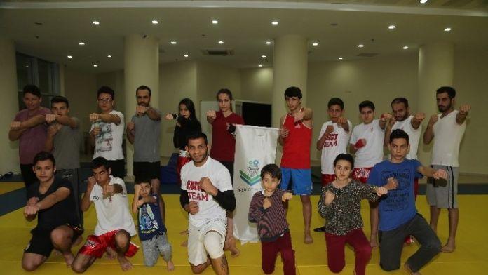 Madalya Kazanan Sporcular Torbalı'nın Gururu Oldu