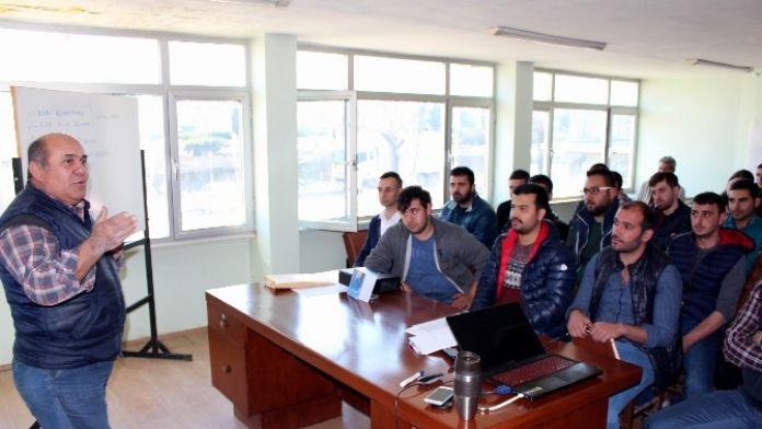 Salihli'de Genç Esnafa Girişimcilik Eğitimi