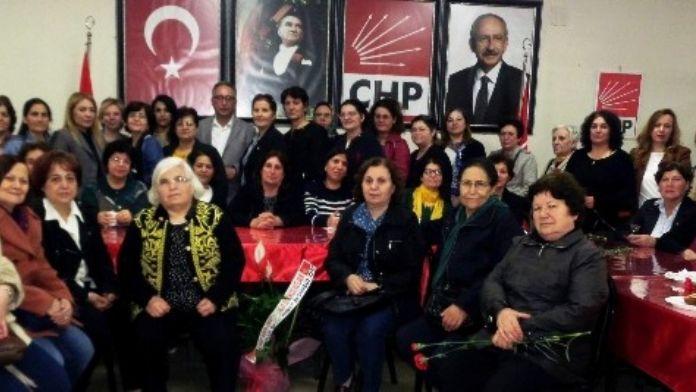 Alaşehir'de CHP'ye 30 Yeni Üye Katıldı