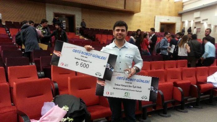 Selçuk'un Öğrencisi ODTÜ Robot Günlerinden İki Ödülle Döndü