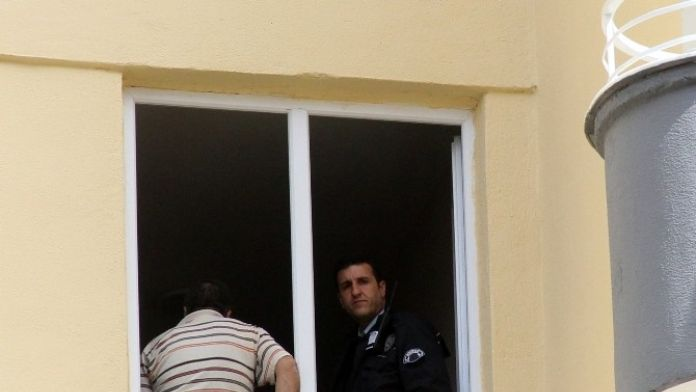 Adana'da Polis Memuru İntihar Etti