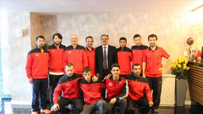 Görme engelli milli atletler, Ankara'da çalışıyor