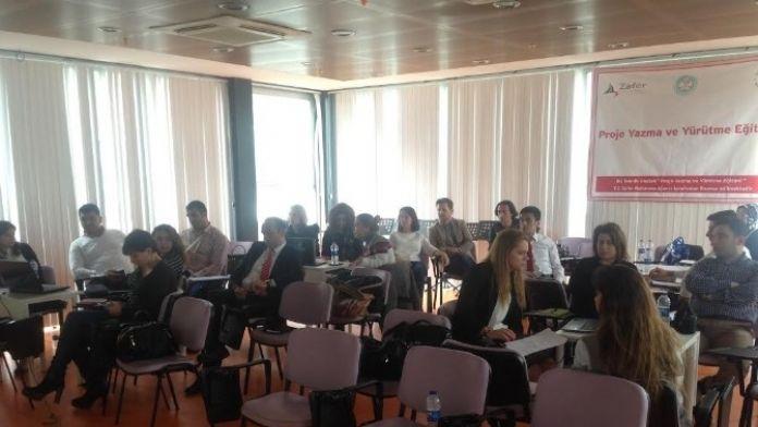 Büyükşehir Personeline AB Projesi Yazma Eğitimi