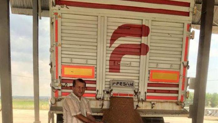 Geri manevra yapan kamyonun altında kalan teknisyen öldü