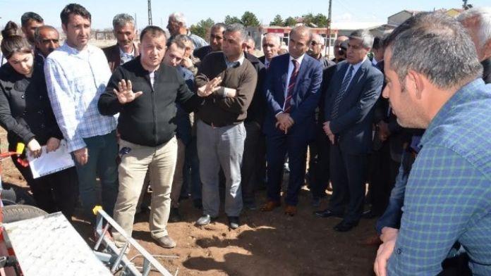 Çiftçilere, Aspir Ekimi Hakkında Bilgi Verildi
