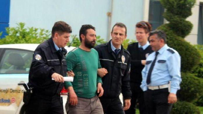 Torbalı'da adliyeye sevk edilen banka soyguncusu tutuklandı