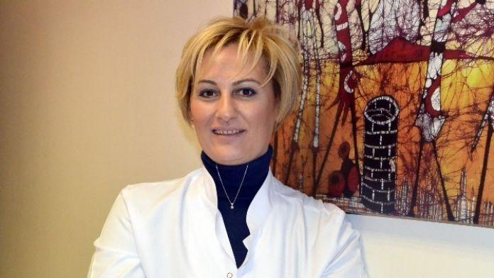 Dr. Akçay: 'Onkolojide Hastaya Özel Tedavi Planlanmalı'