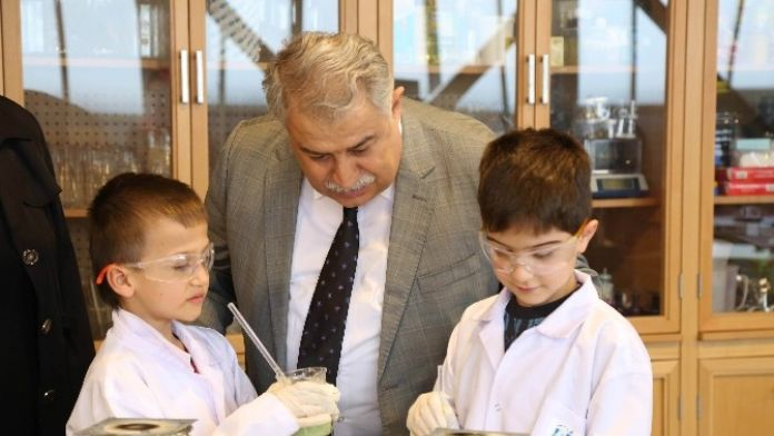 TÜBA Heyeti Bilim Merkezlerindeki İncelemelerini Tamamladı