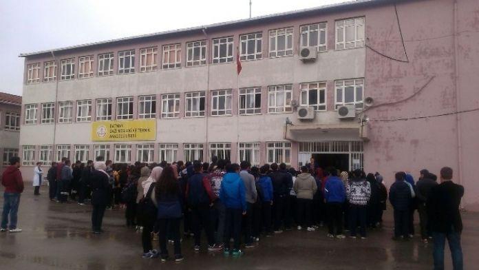 112 Öğrenciye Kıyafet Yardımı Yapıldı