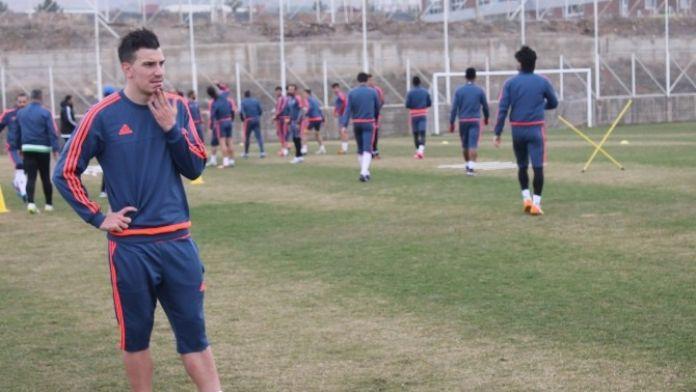 Alima Yeni Malatyaspor'da Sandro Gotal Kadro Dışı Bırakıldı