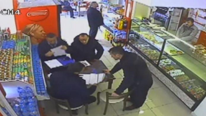 CHP'li belediyenin zabıtaları rüşvet alırken yakalandı