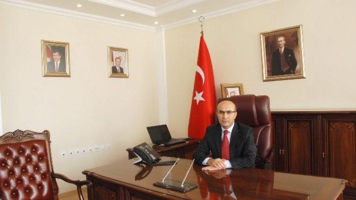Vali Demirtaş'ın, İstiklal Marşı'nın Kabulü Ve Mehmet Akif Ersoy'u Anma Günü Mesajı
