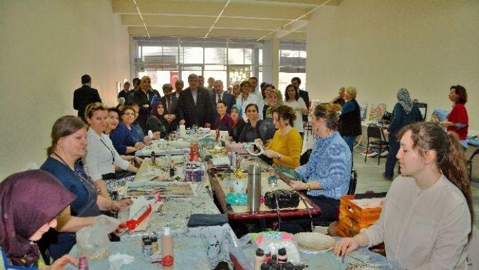 Başkanlar Ko-mek Yarımca Kurs Merkezini Ziyaret Etti