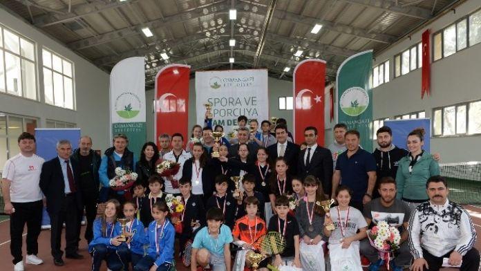 Okullar Arası Tenis Şöleni Sona Erdi