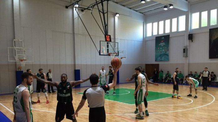 Büyükşehir Basket İstanbul'da Galip