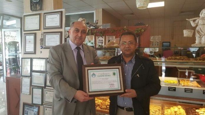 Çaycuma'da Başarılı İşletmecilere Teşekkür Belgesi Verildi