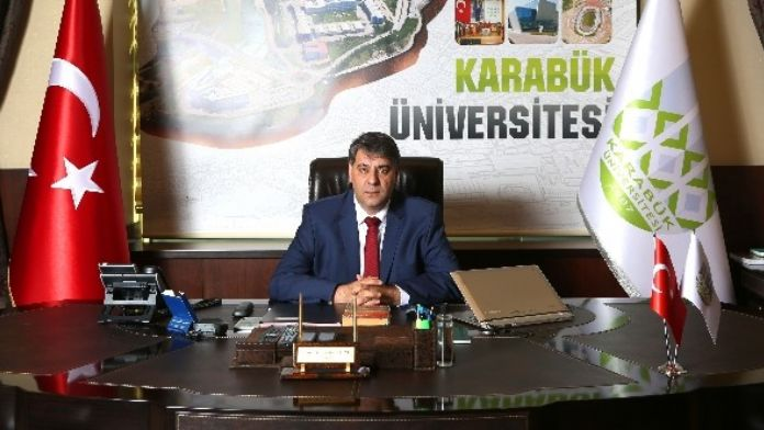 Rektör Polat, Üniversite Adaylarına Başarılar Diledi