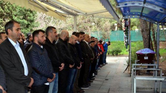 İzmirsporlu Kuşhan'ın acı günü
