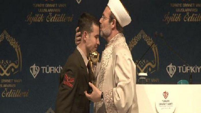 (geniş haber) Erdoğan: Bizim medeniyetimizin olduğu yerde DAİŞ, PKK, PYD, YPG olamaz'