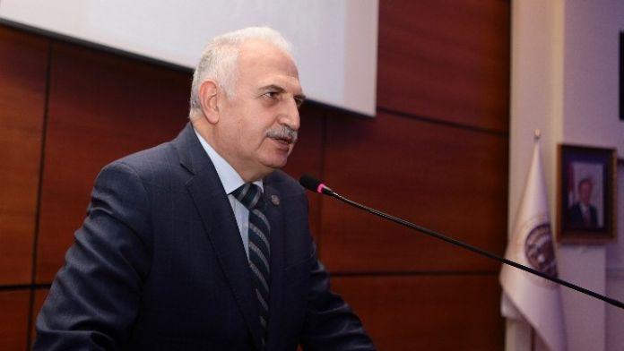 Atatürk Üniversitesi Rektörü Prof.dr. Hikmet Koçak:
