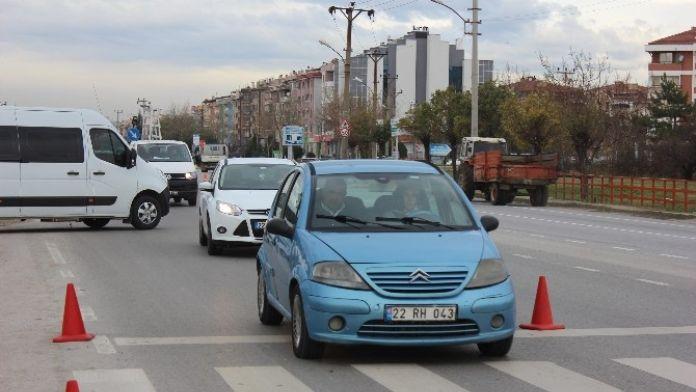 Edirne'de Ocak Ayında 465 Taşıtın Trafiğe Kaydı Yapıldı