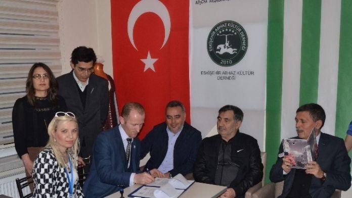 Eskişehir Abhaz Kültür Derneği İle Özel Eskişehir Tsg Anadolu Hastanesi Arasında Sağlık Hizmeti Anlaşması İmzalandı