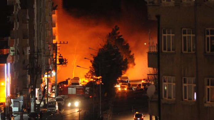 Diyarbakır'dan acı haber geldi, 1 polis şehit