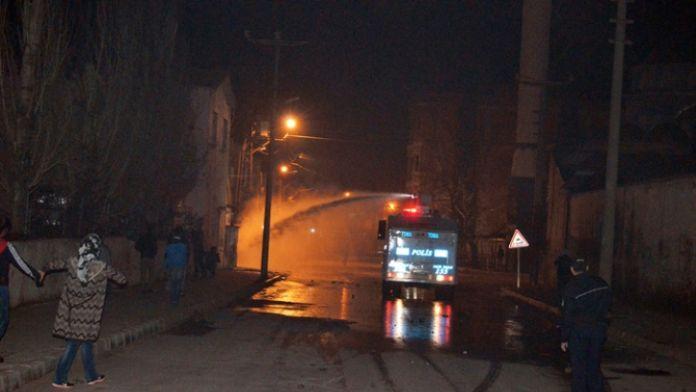 Manisa'da terör operasyonunda 17 gözaltı