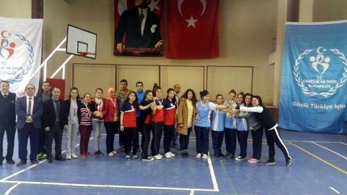 Kilis Genç Kızlarda Dart İl Şampiyonası