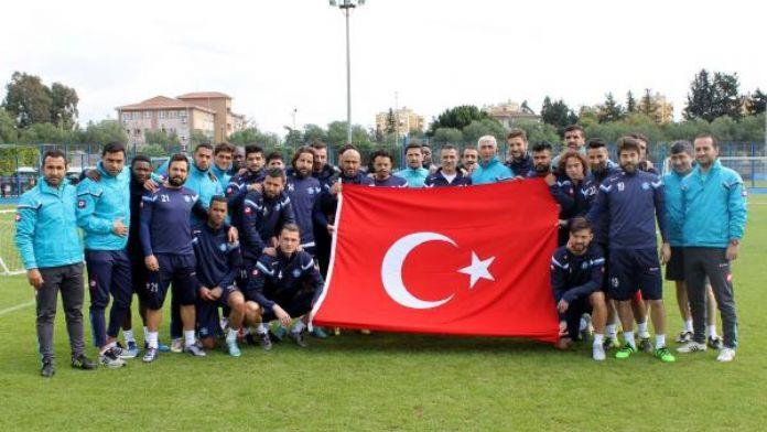 Adana Demirspor'dan teröre bayraklı tepki