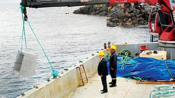 Çeşme creates artificial reef and diving center